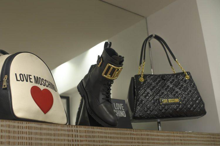 boutique sacs, chaussures de marques